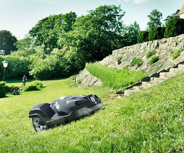 Smart Automated Robotic Lawn Mowers